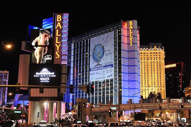 Paris Las Vegas Hotel amp Casino  Vegas Shows amp Entertainment
